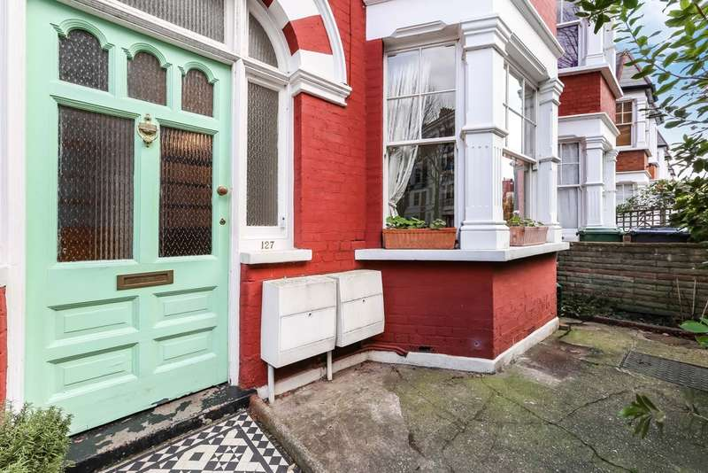3 Bedrooms Flat for sale in Widdenham Road, N7 9SF