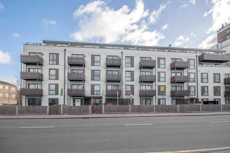 1 Bedroom Flat for sale in Whitehorse Road, Croydon, CR0
