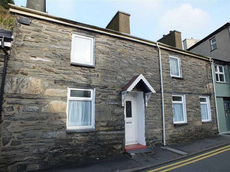 2 Bedrooms Cottage House for sale in Tanlan, Blaenau Ffestiniog