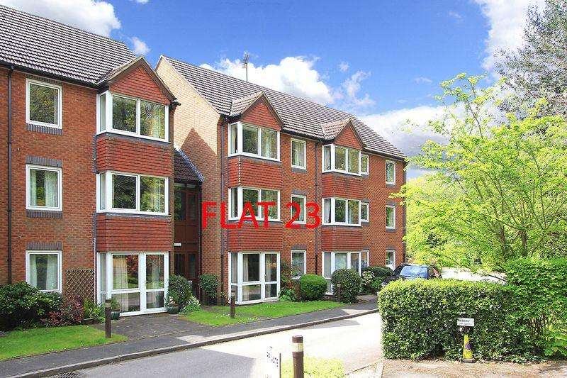 1 Bedroom Apartment Flat for sale in TETTENHALL, Beechwood Court