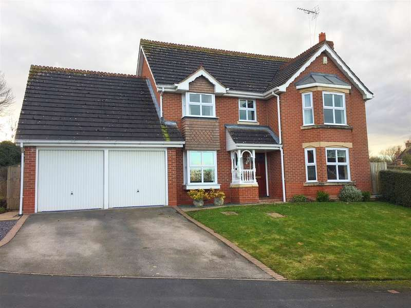 4 Bedrooms Detached House for sale in Swan Close, Stafford