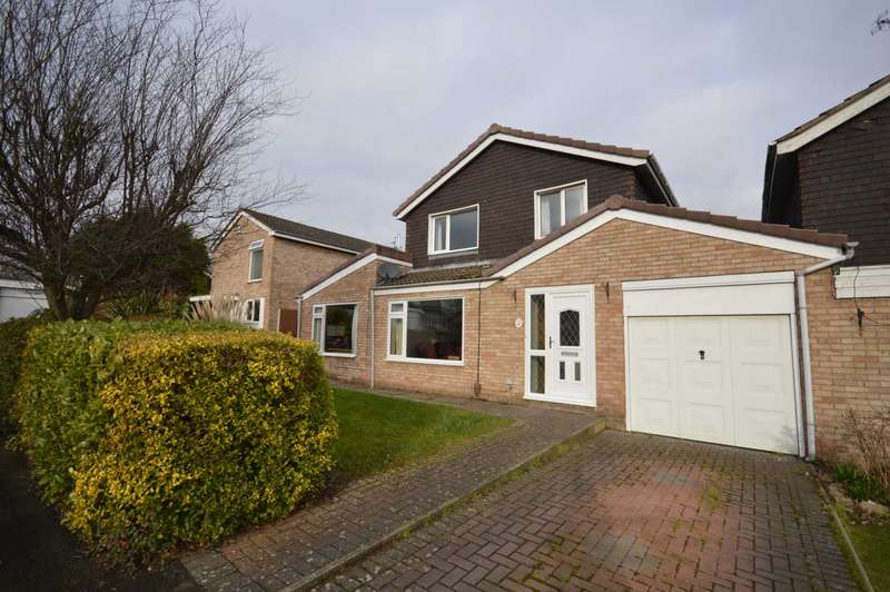 4 Bedrooms Link Detached House for sale in Halsall Green, Spital