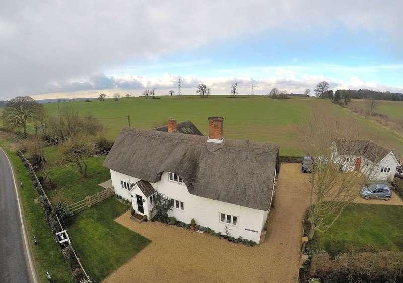 4 Bedrooms Detached House for sale in Ampthill Road, Lidlington