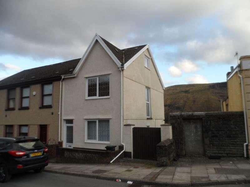 3 Bedrooms Property for rent in Commercial Street, Ystalyfera, Swansea