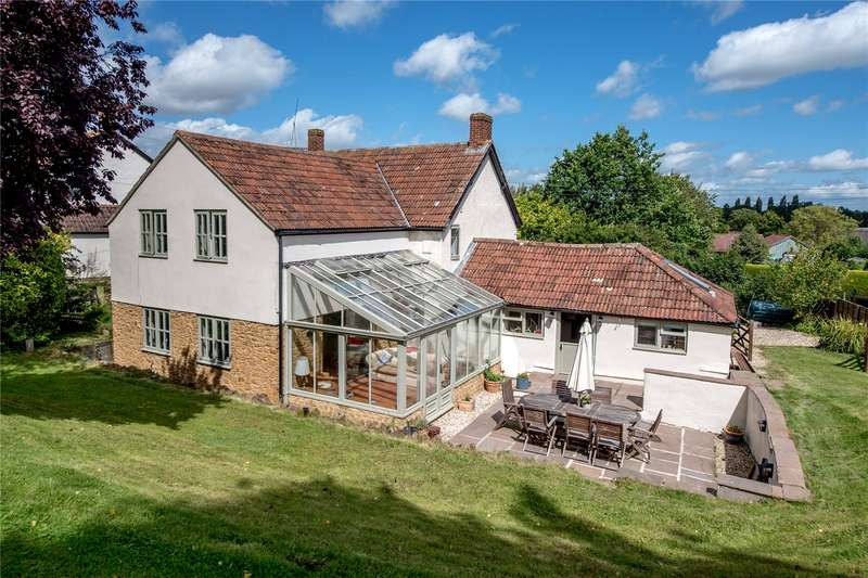4 Bedrooms Detached House for sale in Barrington, Ilminster, Somerset, TA19