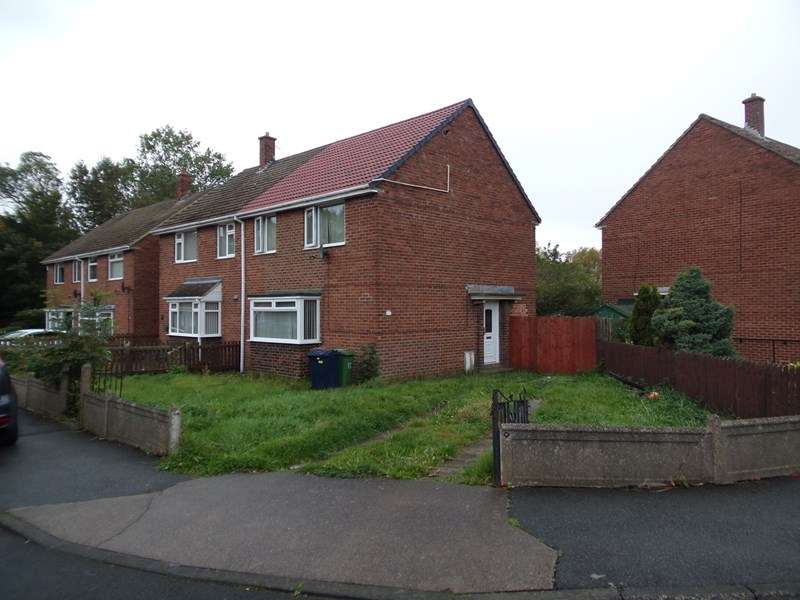 3 Bedrooms Property for sale in Sherburn Grove, Burnside Estate, Houghton Le Spring, Tyne and Wear, DH4 5HW
