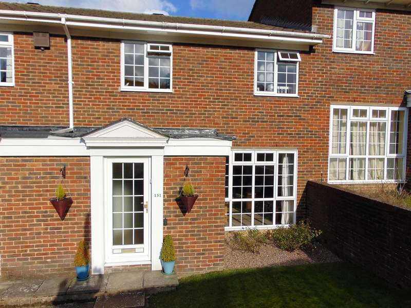3 Bedrooms Terraced House for sale in Ridge Langely, South Croydon, CR2 0AQ