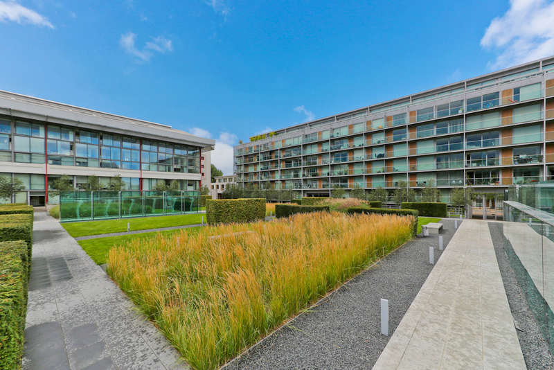 1 Bedroom Ground Flat for sale in North Stand, Highbury Stadium Square, N5 1FN