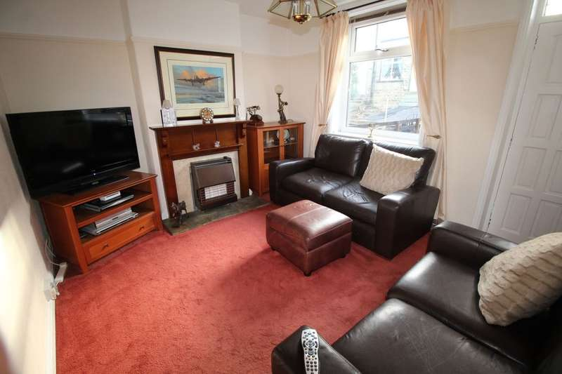 3 Bedrooms Property for sale in Mannville Walk, Keighley, BD22