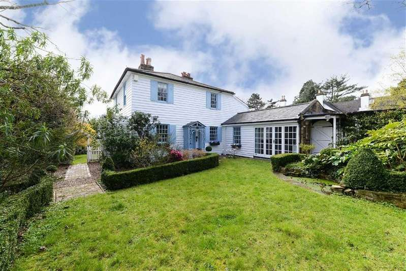 4 Bedrooms Cottage House for sale in Mount Gardens, London