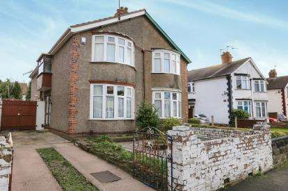 3 Bedrooms Semi Detached House for sale in Burnham Avenue, Oxley, Wolverhampton, West Midlands