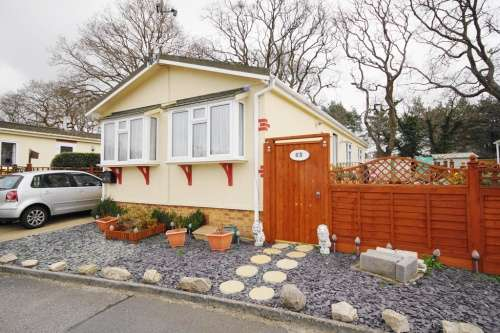 2 Bedrooms Park Home Mobile Home for sale in The Avenue, Nr Ringwood