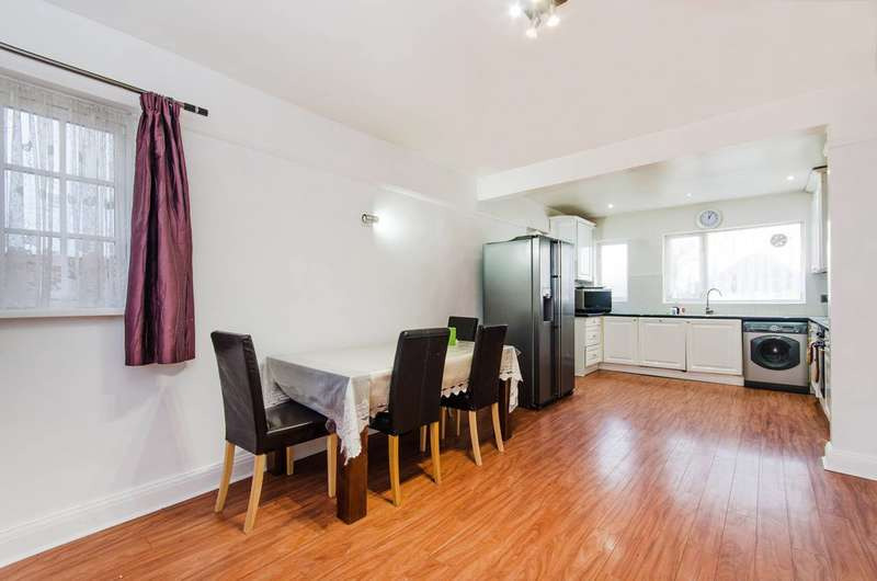3 Bedrooms Detached House for rent in Eversley Avenue, Wembley Park, HA9