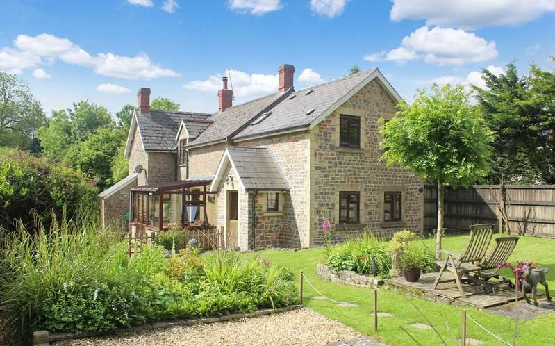 4 Bedrooms Detached House for sale in Waterlip, Shepton Mallet