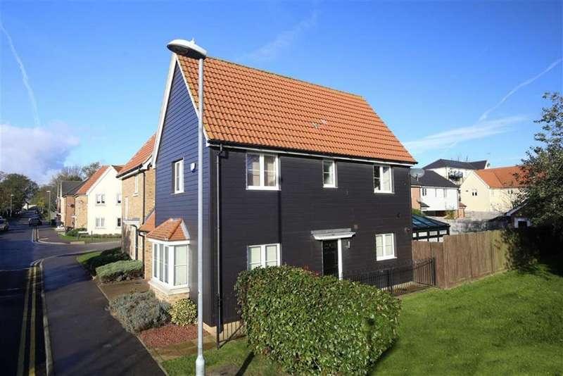 3 Bedrooms Detached House for sale in Blenheim Way, North Weald