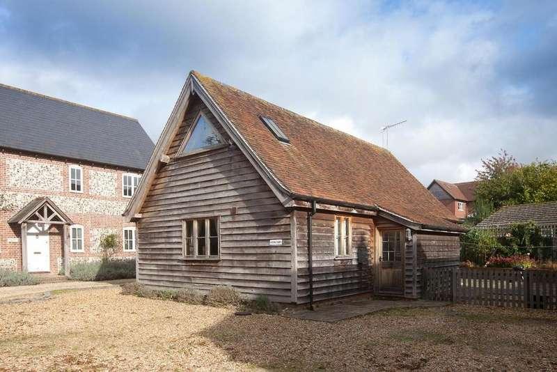 2 Bedrooms House for sale in Winterbourne Dauntsey