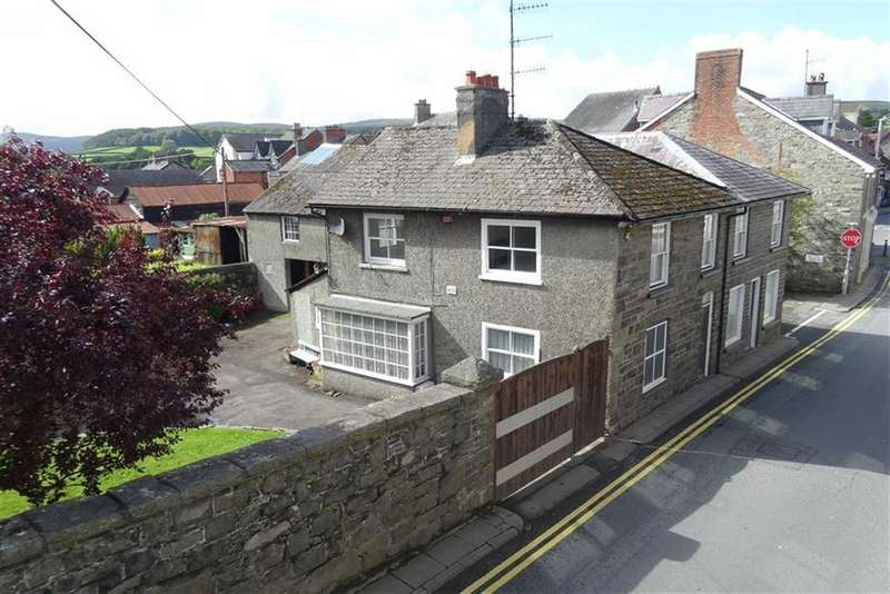 1 Bedroom Detached House for sale in Maelog, South Street, Rhayader, Powys, LD6