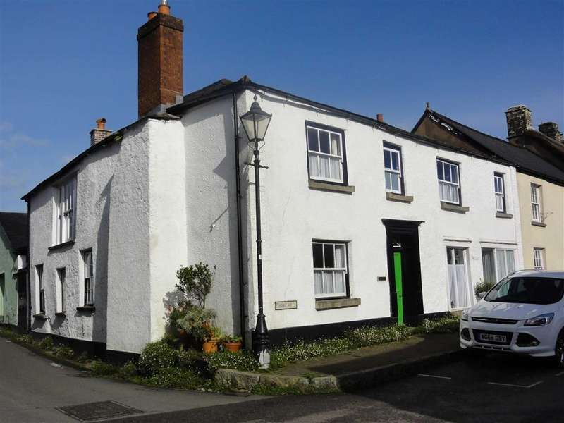 5 Bedrooms Semi Detached House for sale in Fore Street, Winkleigh, Devon, EX19