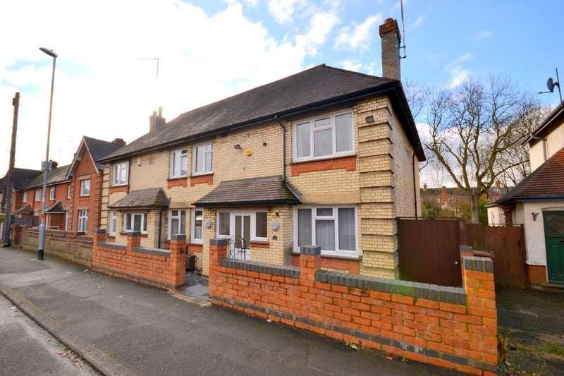 3 Bedrooms Semi Detached House for sale in Raeburn Road, Kingsley, Northampton, NN2
