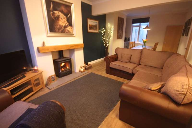 3 Bedrooms Terraced House for sale in Gill Street, Guisborough, TS14