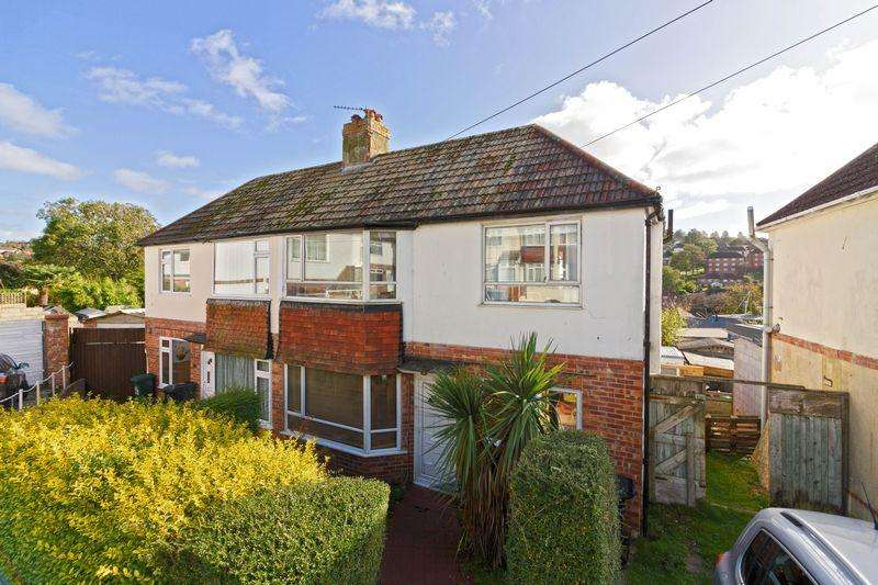 2 Bedrooms Semi Detached House for sale in Morecambe Road, Brighton