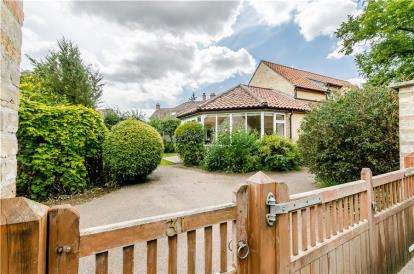 3 Bedrooms Detached House for sale in Haddenham, Ely