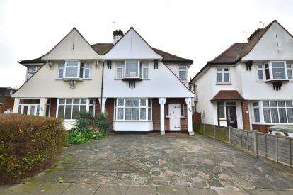 3 Bedrooms Semi Detached House for sale in Southchurch, Southend-On-Sea, Essex