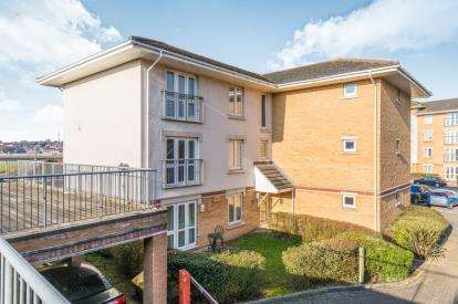 2 Bedrooms Flat for sale in 44 Hawkeswood Road, Southampton, Hampshire