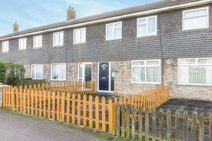 3 Bedrooms Terraced House for sale in Beech Close, Huntingdon, Cambridgeshire