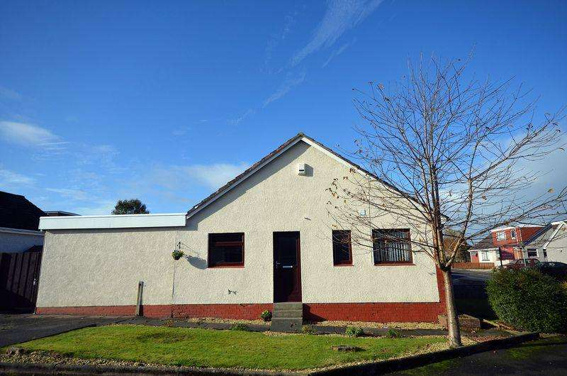 3 Bedrooms Semi Detached Bungalow for sale in 40 Crossdene Road, Crosshouse KA2 0JU