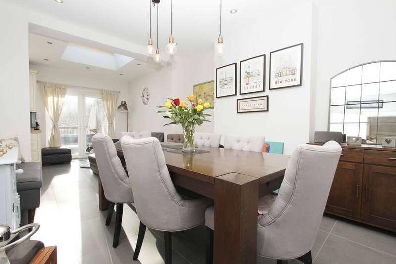 3 Bedrooms Semi Detached House for sale in St Michaels Crescent, Pinner