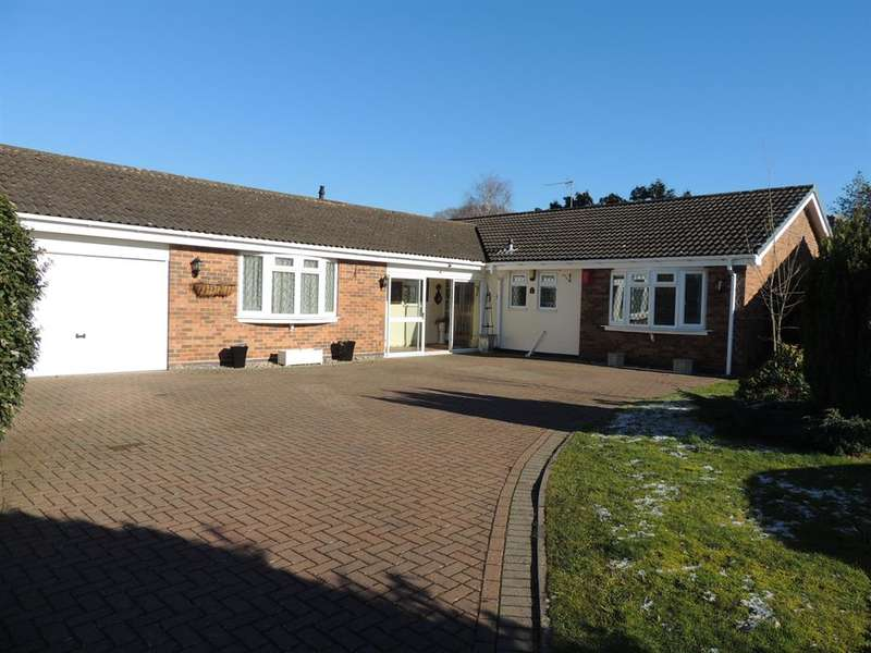 4 Bedrooms Detached House for sale in Liveridge Close, Knowle, Solihull, B93 9QN