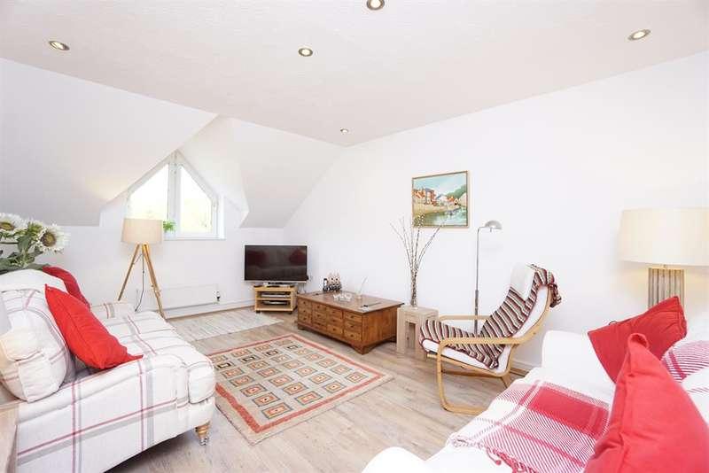2 Bedrooms Flat for sale in Sandiron House, Abbey Lane, Sheffield, S7 2QZ