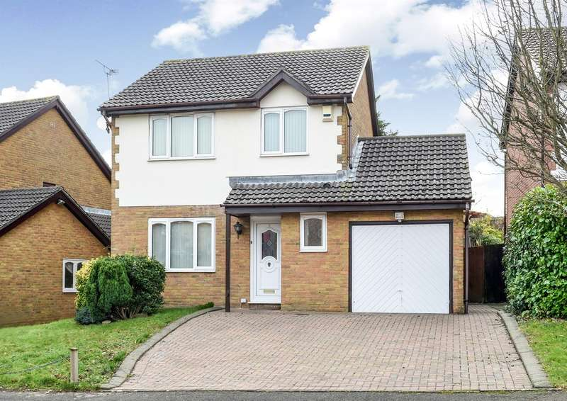 3 Bedrooms Detached House for sale in Spires Walk, Barry
