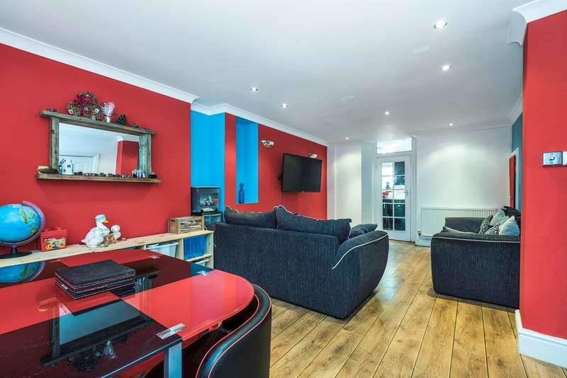3 Bedrooms Terraced House for sale in Pleasant Street, Morriston, Swansea