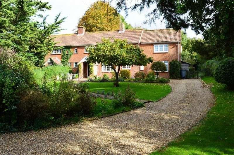 4 Bedrooms Semi Detached House for sale in West View, Wimborne, Dorset