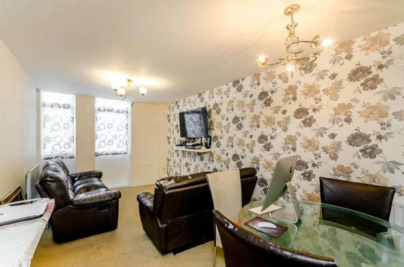 2 Bedrooms Flat for sale in Weighton Road, Penge, SE20