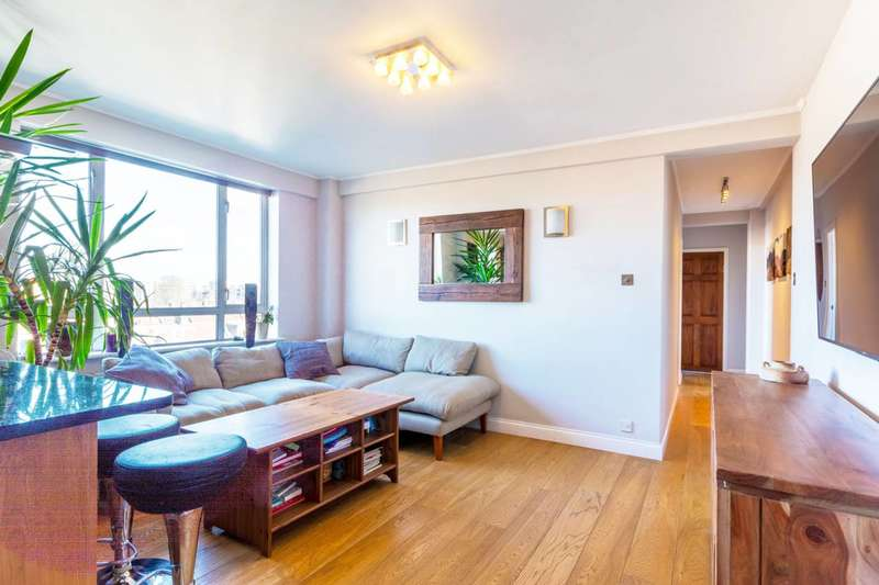 2 Bedrooms Flat for sale in The Avenue, Bedford Park, W4