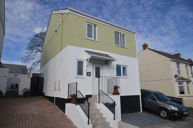 3 Bedrooms Property for sale in Courtney Road, St. Austell