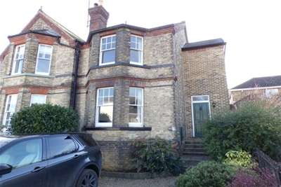 3 Bedrooms House for rent in Admiralty Road, Upnor