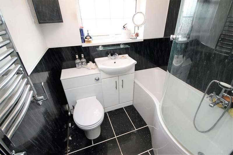 3 Bedrooms Semi Detached House for sale in Chadderton Drive Thornaby, Stockton-On-Tees