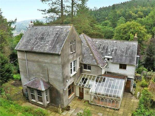 7 Bedrooms Detached House for sale in Mountain Road, Caerphilly