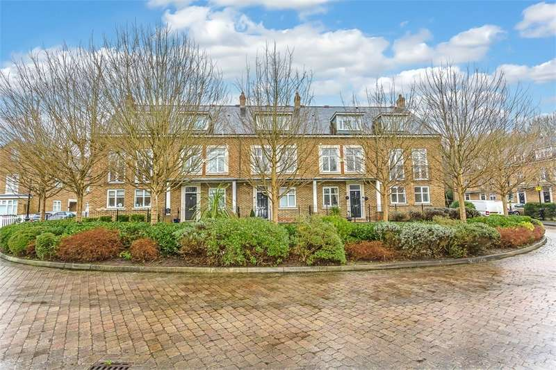4 Bedrooms End Of Terrace House for sale in Summerhouse Lane, Harefield, Middlesex