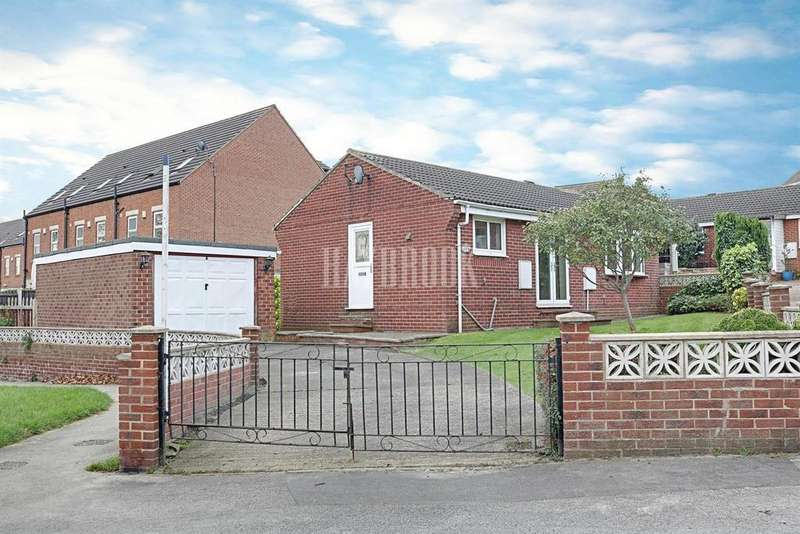 2 Bedrooms Bungalow for sale in Snetterton Close , Cudworth