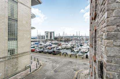 2 Bedrooms Flat for sale in Hawkers Avenue, Plymouth, Devon