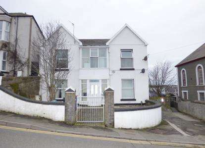 5 Bedrooms Detached House for sale in Kingsland Road, Holyhead, Sir Ynys Mon, LL65