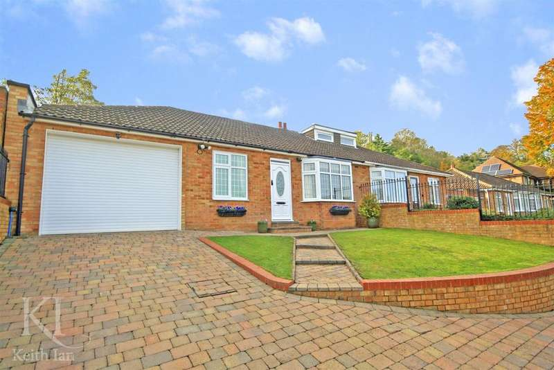 2 Bedrooms Bungalow for sale in Presdales Drive, Southside, Ware - w/ Scope to extend!