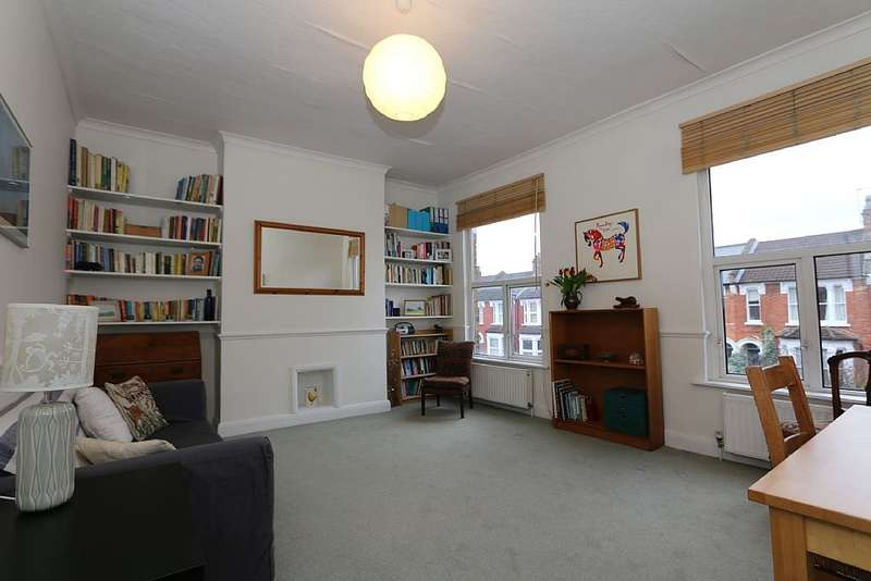 1 Bedroom Flat for sale in Whittington Road, London, London, N22 8YP