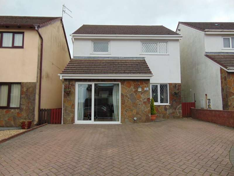 3 Bedrooms Detached House for sale in Ger y maes, Llanelli