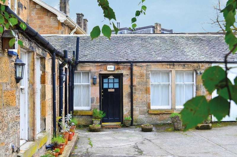 1 Bedroom Mews House for sale in Dundonald Road, Mews Cottage, Dowanhill, Glasgow, G12 9LJ